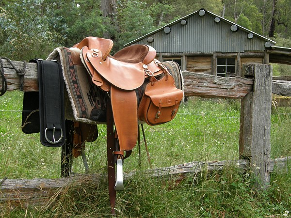 Saddle&Hut